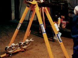 STAND MOUNTED PIPE BENDER