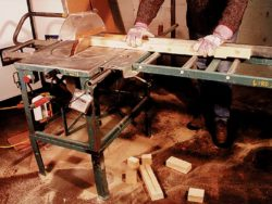 315MM (12INS) HEAVY DUTY SAWBENCH